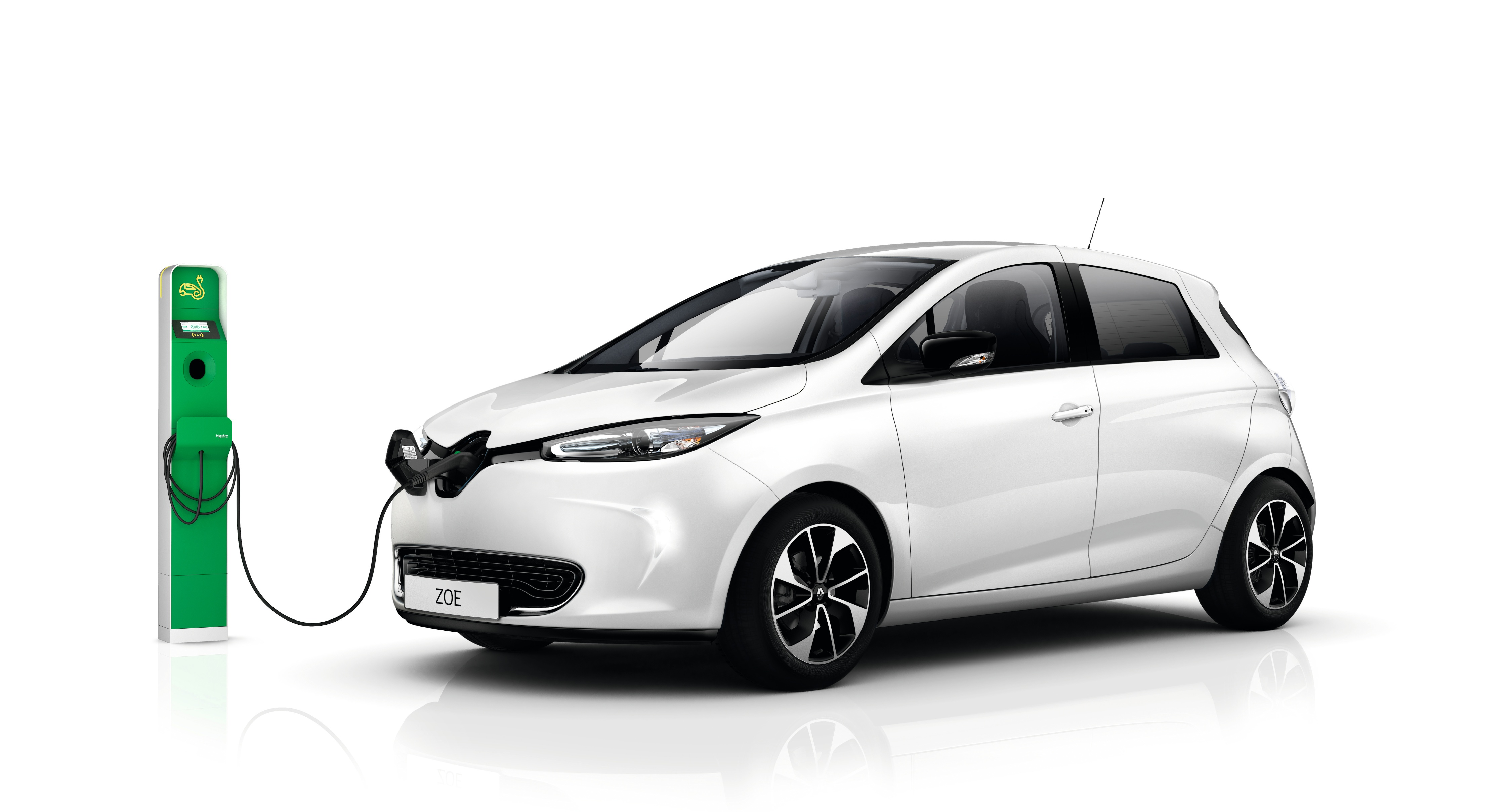 Al Masaood Automobiles launches latest model of all-electric Renault Zoe to boost zero emissions mobility in Abu Dhabi