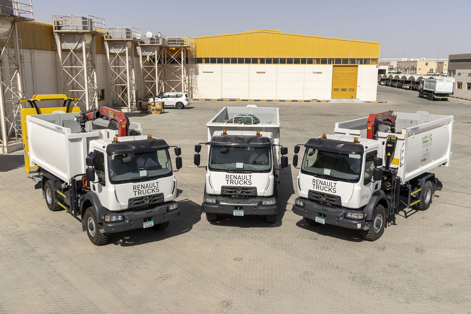 Al Masaood Commercial Vehicles & Equipment Division Secures Biggest Ever Order of Renault All-Wheel Drive Trucks in the UAE