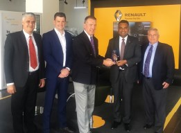 Renault Middle east voice of customer award